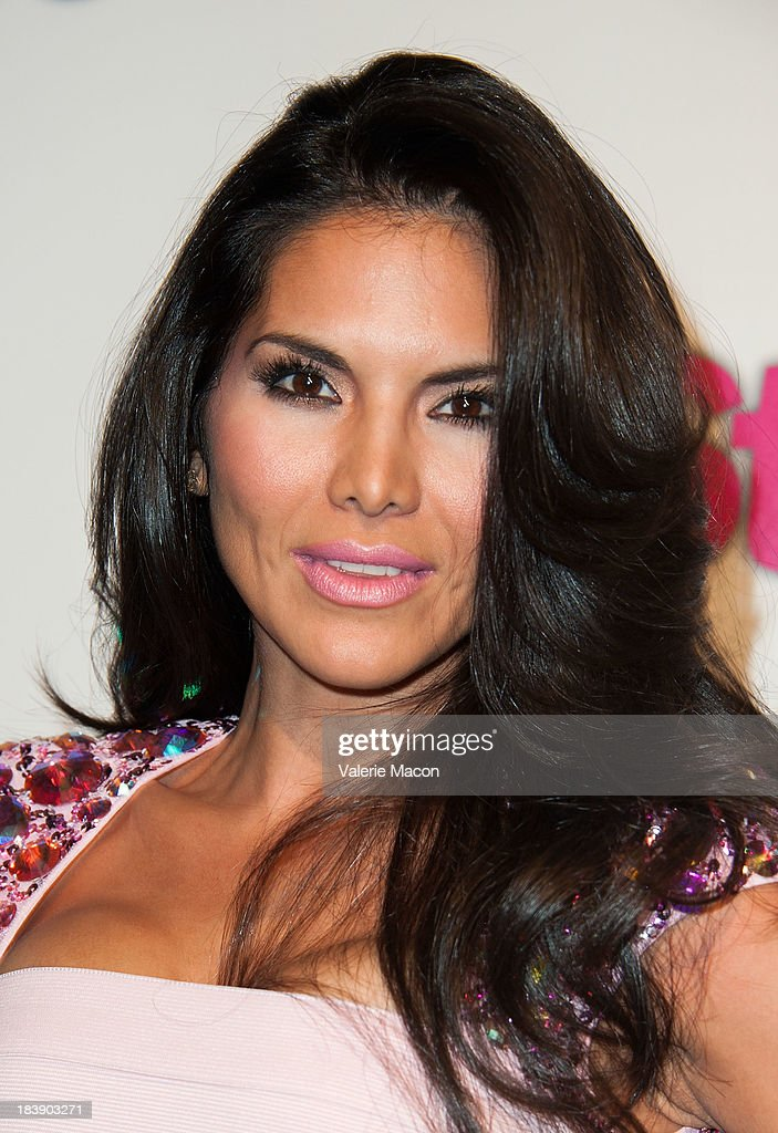 <a gi-track='captionPersonalityLinkClicked' href=/galleries/search?phrase=Joyce+Giraud&family=editorial&specificpeople=841715 ng-click='$event.stopPropagation()'>Joyce Giraud</a> arrives at Life & Style's Hollywood In Bright Pink Event Hosted By Giuliana Rancic at Bagatelle on October 9, 2013 in Los Angeles, California.
