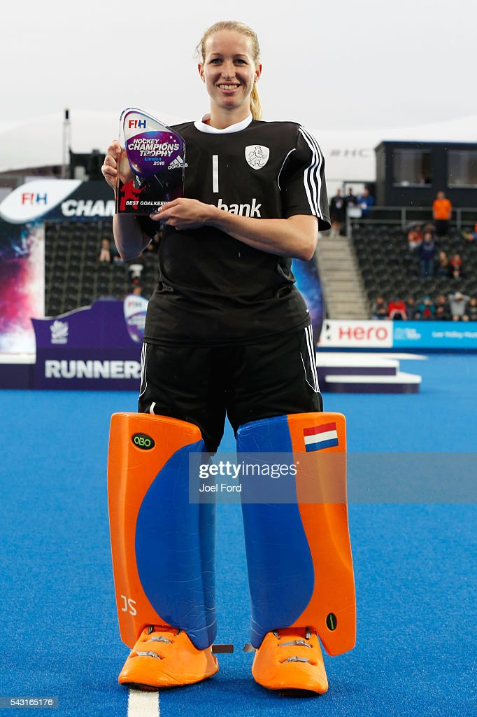 <a gi-track='captionPersonalityLinkClicked' href=/galleries/search?phrase=Joyce+Sombroek&family=editorial&specificpeople=7166990 ng-click='$event.stopPropagation()'>Joyce Sombroek</a> of Argentina, goalkeeper of the tournament at the FIH Women's Hockey Champions Trophy 2016 at Queen Elizabeth Olympic Park on June 26, 2016 in London, England.