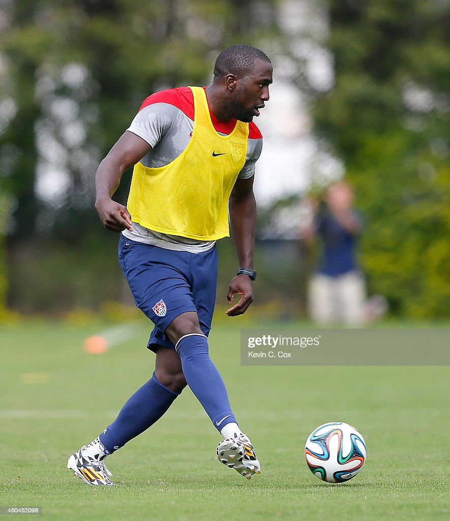 <a gi-track='captionPersonalityLinkClicked' href=/galleries/search?phrase=Jozy+Altidore&family=editorial&specificpeople=4234131 ng-click='$event.stopPropagation()'>Jozy Altidore</a> of the United States runs drills during their training session at Sao Paulo FC on June 11, 2014 in Sao Paulo, Brazil.