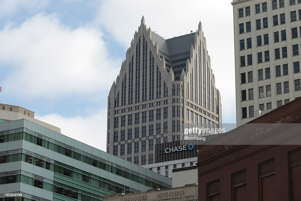 JPMorgan & Chase Co. offices stands in the skyline of Detroit, Michigan, U.S., on Thursday, Feb. 21, 2013. A fiscal emergency grips Detroit, according to a report ordered by Governor Rick Snyder, that opens a path to a state takeover of General Motors Co.'s home town, citing deficits that have stymied city officials after a $326.6 million gap last year. Photographer: Jeff Kowalsky/Bloomberg via Getty Images
