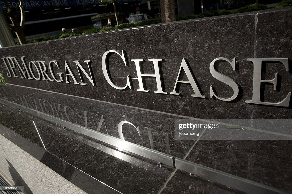JPMorgan Chase & Co. signage is displayed outside the company's headquarters in New York, U.S., on Friday, Oct. 25, 2013. Twitter Inc. will make the case to potential investors in its initial public offering that it needs to keep spending to grow, and profit will come once it can reap the benefits of those investments. Photographer: Scott Eells/Bloomberg via Getty Images
