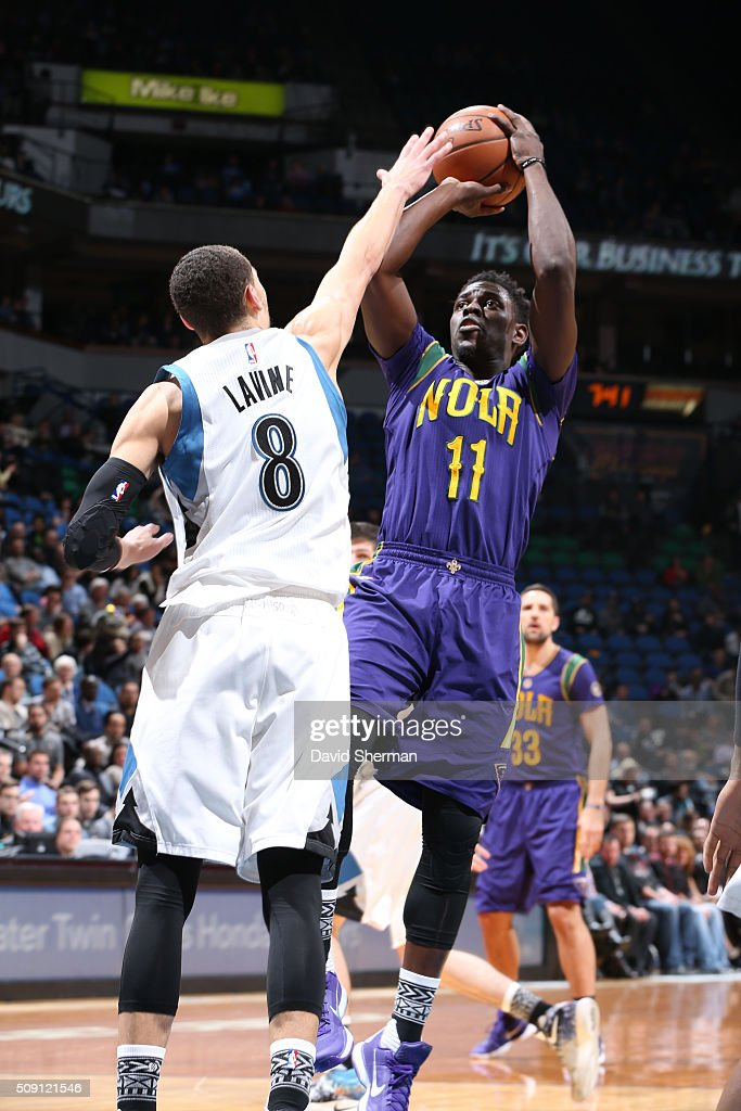 <a gi-track='captionPersonalityLinkClicked' href=/galleries/search?phrase=Jrue+Holiday&family=editorial&specificpeople=5042484 ng-click='$event.stopPropagation()'>Jrue Holiday</a> #11 of the New Orleans Pelicans shoots against <a gi-track='captionPersonalityLinkClicked' href=/galleries/search?phrase=Zach+LaVine&family=editorial&specificpeople=11631430 ng-click='$event.stopPropagation()'>Zach LaVine</a> #8 of the Minnesota Timberwolves during the game on February 8, 2016 at Target Center in Minneapolis, Minnesota.