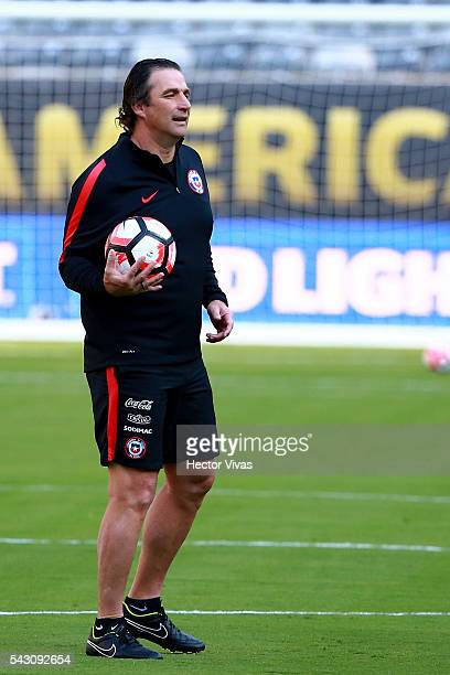 Juan Antonio Pizzi coach of Chile gives instructions during Chile training session at Metlife Stadium on June 25 2016 in East Rutherford New Jersey...