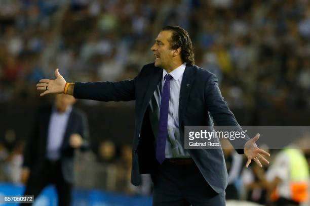 Juan Antonio Pizzi coach of Chile gives instructios to his players during a match between Argentina and Chile as part of FIFA 2018 World Cup...