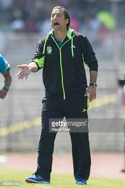 Juan Antonio Pizzi coach of Leon reacts during a match between Pumas and Leon as part of 5th round Clausura 2015 Liga MX at Universitario Stadium on...