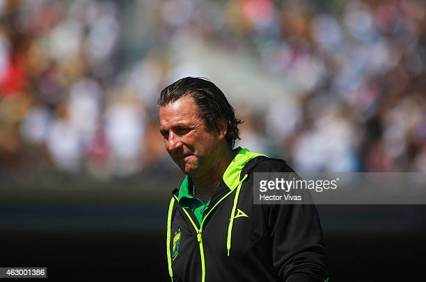 Juan Antonio Pizzi head Coach of Leon during a match between Pumas UNAM and Leon as part of 5th round Clausura 2015 Liga MX at Olympic Stadium on...