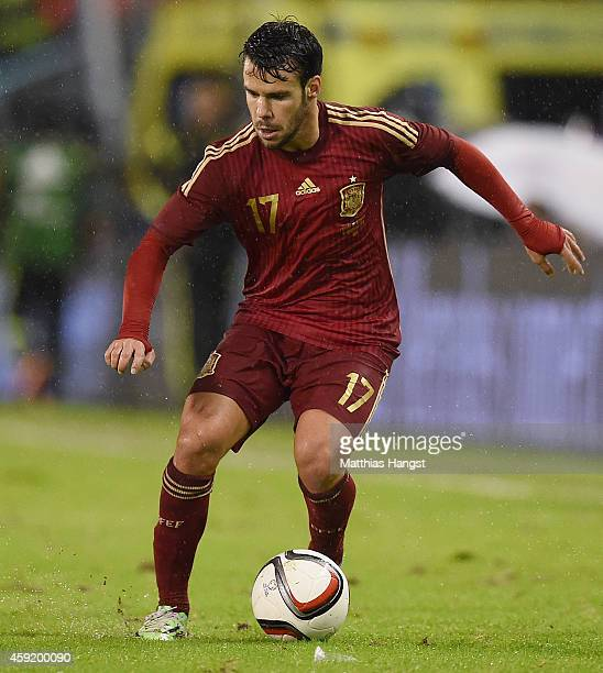 Juan Bernat of Spain controls the ball during the International Friendly match between Spain and Germany at Estadio Balaidos on November 18 2014 in...