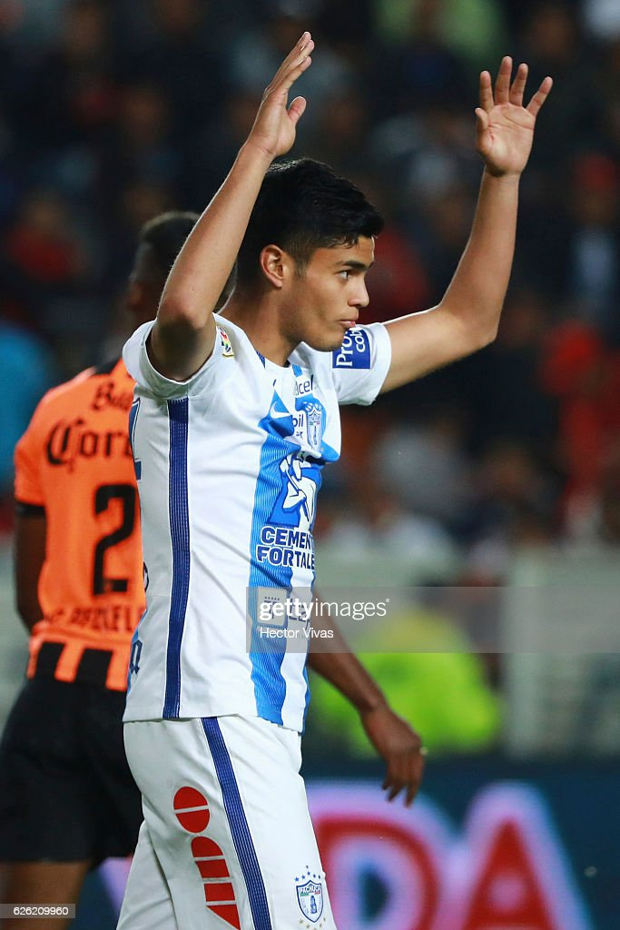 Juan Calero of Pachuca reacts during the quarter finals second leg match between Pachuca and Necaxa as part of the Torneo Apertura 2016 Liga MX at Hidalgo Stadium on November 27, 2016 in Pachuca, Mexico.
