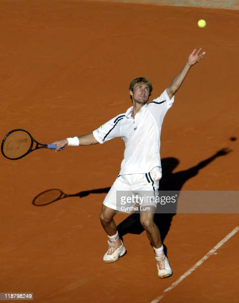Juan Carlos Ferrero wins over Fernando Gonzalez during French Open 2003 Men's SemiFinals Juan Carlos Ferrero vs Fernando Gonzalez at Roland Garros in...