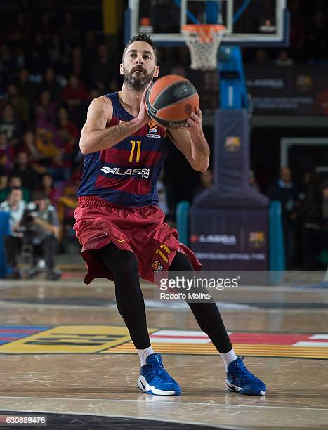 Juan Carlos Navarro #11 of FC Barcelona Lassa in action during the 2016/2017 Turkish Airlines EuroLeague Regular Season Round 15 game between FC...