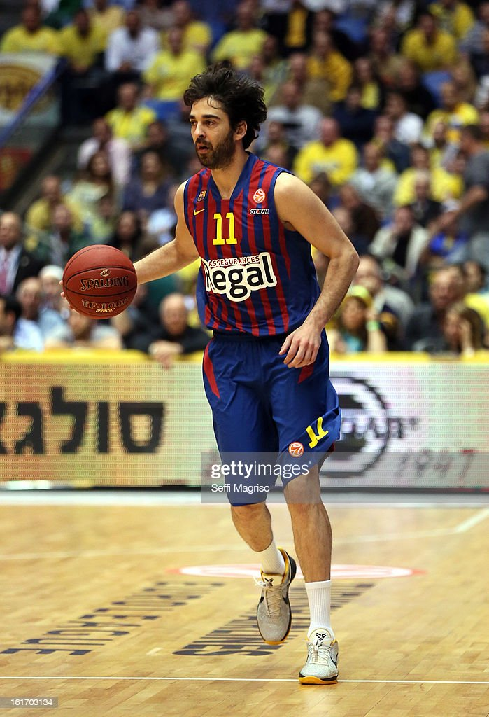 <a gi-track='captionPersonalityLinkClicked' href=/galleries/search?phrase=Juan+Carlos+Navarro&family=editorial&specificpeople=879660 ng-click='$event.stopPropagation()'>Juan Carlos Navarro</a>, #11 of FC Barcelona Regal in action during the 2012-2013 Turkish Airlines Euroleague Top 16 Date 7 between Maccabi Electra Tel Aviv v FC Barcelona Regal at Nokia Arena on February 14, 2013 in Tel Aviv, Israel.