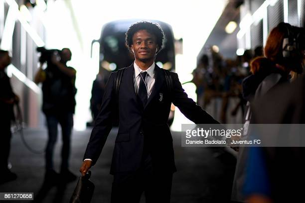 Juan Cuadrado of Juventus arrives at Allianz Stadium before during the Serie A match between Juventus and SS Lazio on October 14 2017 in Turin Italy
