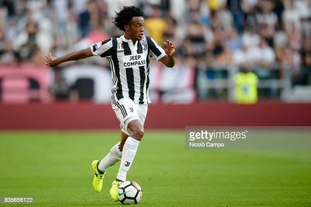 Juan Cuadrado of Juventus FC in action during the Serie A football match between Juventus FC and Cagliari Calcio Juventus FC wins 30 over Cagliari...