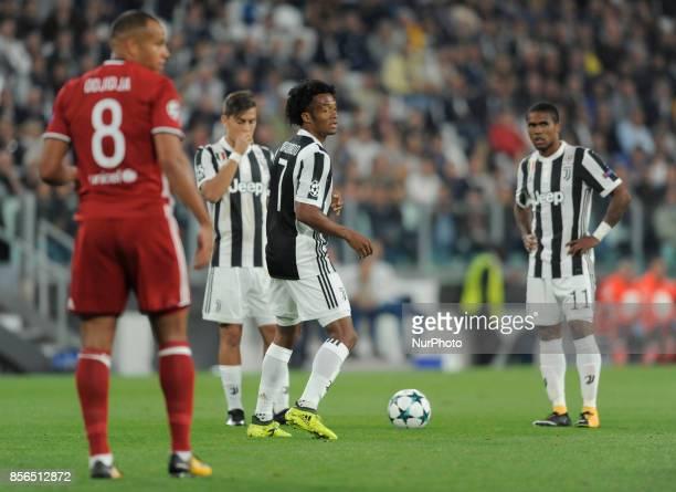 Juan Cuadrado of Juventus player during the Uefa Champions League 20172018 match between FC Juventus and Olympiacos FC at Juventus Stadium Allianz...