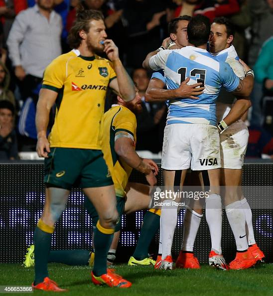 Juan Imhoff of Argentina celebrates with teammates after scoring a try during a match between Argentina Los Pumas and Australia Wallabies as part of...