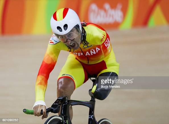 Juan Jose Mendez Fernandez of Spain competes in the Men's 3km Pursuit C1 Individual Pursuit Qualifying on day 2 of the Rio 2016 Paralympics at Rio...