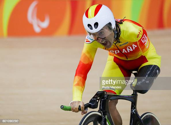 juan-jose-mendez-fernandez-of-spain-competes-in-the-mens-3km-pursuit-picture-id601090292?s=594x594