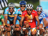 Juan Manual Gárate Cepa of Spain leads Kevin de Weert and Maarten Wynants of Belgium during the Men's Road Race at the 2009 UCI Road World...