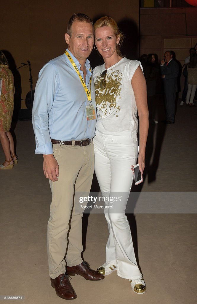 Juan Manuel Alcaraz (L) and Alejandra Prat (R) attend the front row of CND By Condor show during the Barcelona 080 Fashion Week Spring/Summer 2017 at the INFEC on June 29, 2016 in Barcelona, Spain.