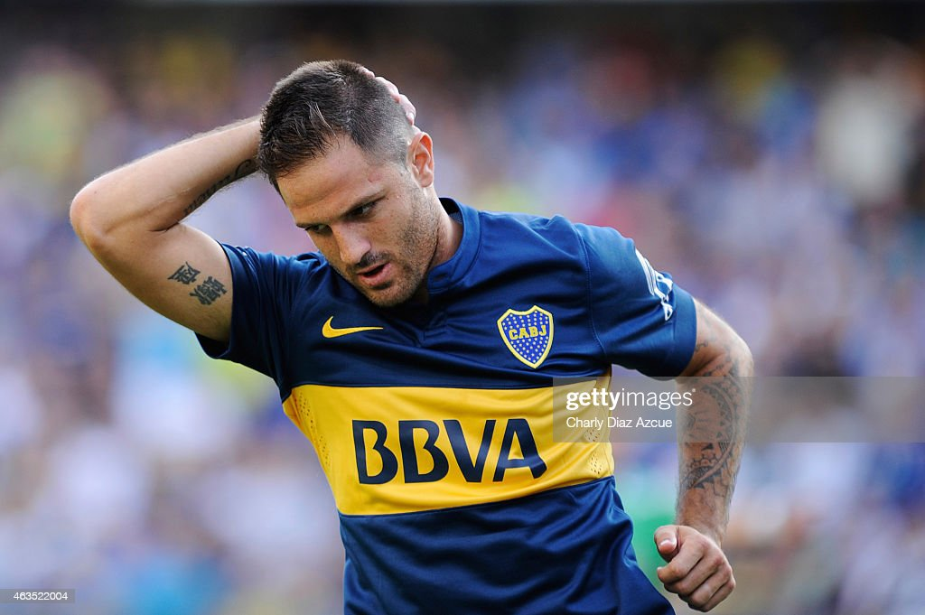 Juan Manuel Martinez of Boca Juniors gestures after missing a chance to score during a match between Boca Juniors and Olimpo as part of first round of Torneo Primera Division 2015 at Alberto J. Armando Stadium on February 15, 2015 in Buenos Aires, Argentina.