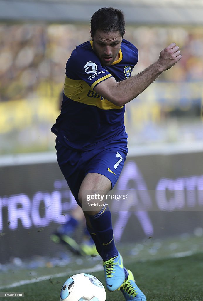 Juan Manuel Martinez of Boca Juniors plays the ball during a match between Boca Juniors and Velez Sarsfield as part of the Torneo Inicial 2013 at Alberto J. Armando Stadium on September 1, 2013 in Buenos Aires, Argentina.