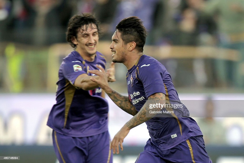 Juan Manuel Vargas of ACF Fiorentina celebrates after scoring a goal during the Serie A match betweeen ACF Fiorentina and Empoli FC at Stadio Artemio Franchi on December 21, 2014 in Florence, Italy.