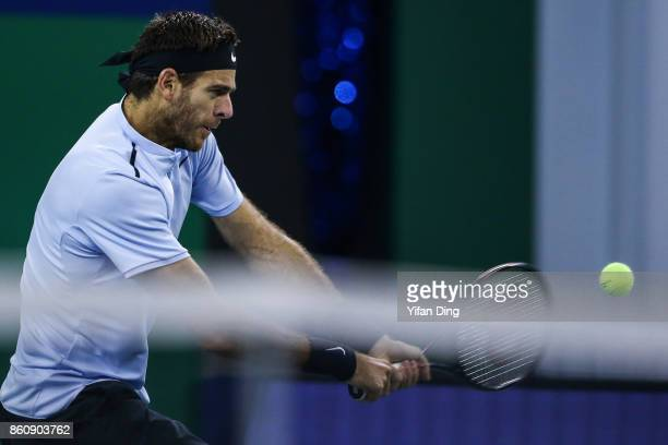 Juan Martin del Potro of Argentina plays a backhand during the Men's singles quarter final mach against Viktor Troicki of Serbia on day six of 2017...