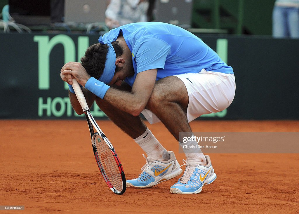 <a gi-track='captionPersonalityLinkClicked' href=/galleries/search?phrase=Juan+Martin+Del+Potro&family=editorial&specificpeople=606583 ng-click='$event.stopPropagation()'>Juan Martin Del Potro</a> of Argentina reacts during the match between Argentina and Croatia for the quarterfinals of the Davis Cup at Mary Teran de Weiss stadium on April 06, 2012 in Buenos Aires, Argentina.