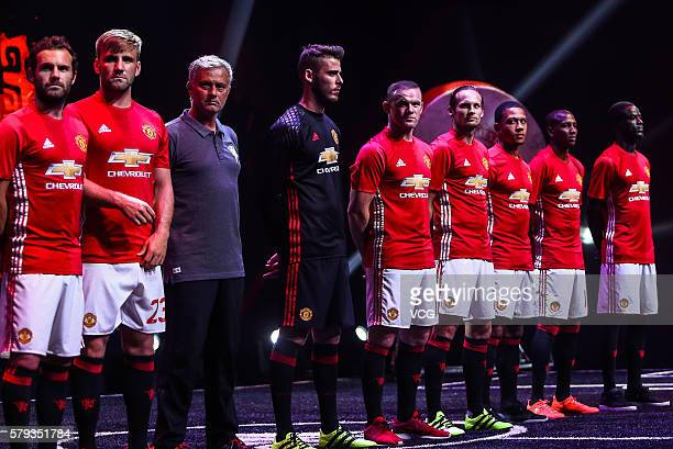 Juan Mata Luke Shaw Manager Jose Mourinho David de Gea Wayne Rooney Daley Blind Memphis Depay Ashley Young and Eric Bailly of Manchester United pose...