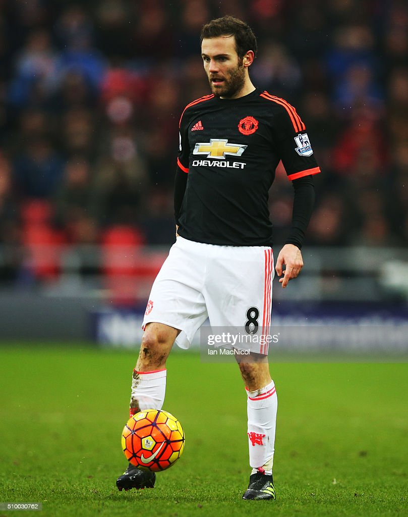 <a gi-track='captionPersonalityLinkClicked' href=/galleries/search?phrase=Juan+Mata&family=editorial&specificpeople=4784696 ng-click='$event.stopPropagation()'>Juan Mata</a> of Manchester United controls the ball during the Barclays Premier m/ match between Sunderland and Manchester United at The Stadium of Light on February 13, 2016 in Sunderland, England.