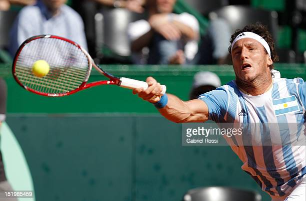 Juan Monaco retunrs the ball to Tomas Bedtch during the second Davis Cup semifinal match between Argentina and Czech Republic at Mary Ter‡an de Weiss...