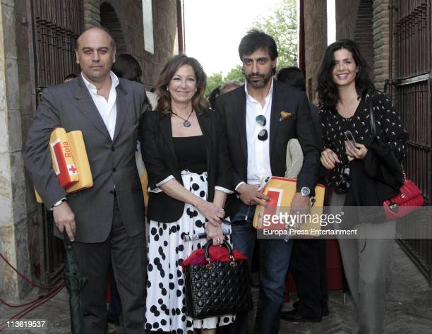 Juan Munoz Ana Rosa Quintana Juan del Val and Nuria Roca attend bullfighting at maestranza Bullring on May 3 2011 in Seville Spain