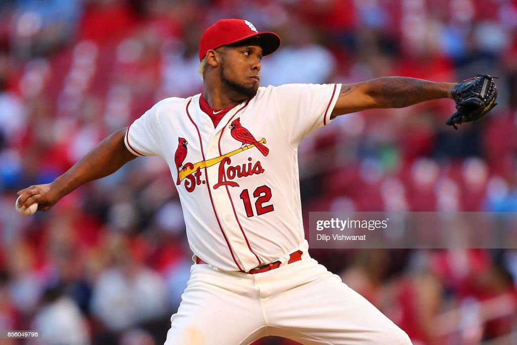 Juan Nicasio #12 of the St. Louis Cardinals delivers a pitch against the Milwaukee Brewers in the ninth inning at Busch Stadium on September 30, 2017 in St. Louis, Missouri.