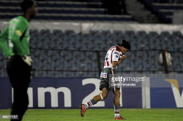 Juan Ortiz of Uruguay's River Plate celebrates scored goal during their semifinal round match of the 2009 Copa Sudamericana at the Centenario Stadium...