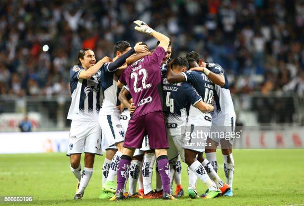Juan Pablo Carrizo goalkeeper of Monterrey celebrates with teammates after winning the penalty series during the round of sixteen match between...