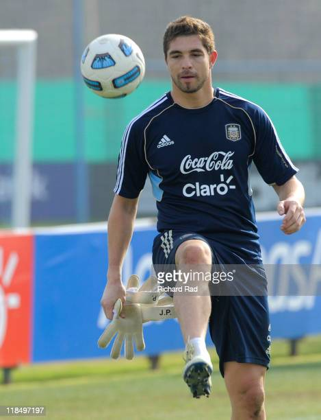Juan Pablo Carrizo in action during a training session at the Asociacion Argentina de Futbol facilities on July 08 2011 in Buenos Aires Argentina The...