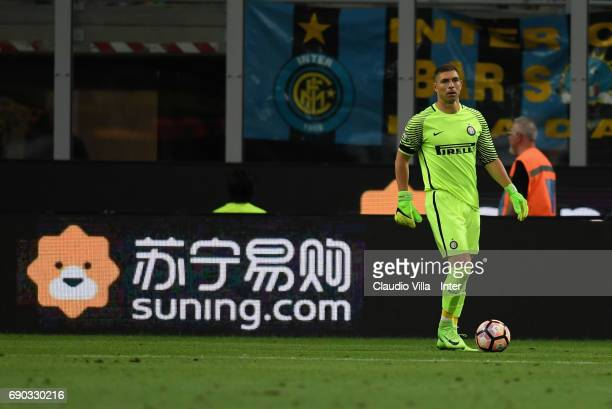 Juan Pablo Carrizo of FC Internazionale in action during the Serie A match between FC Internazionale and Udinese Calcio at Stadio Giuseppe Meazza on...