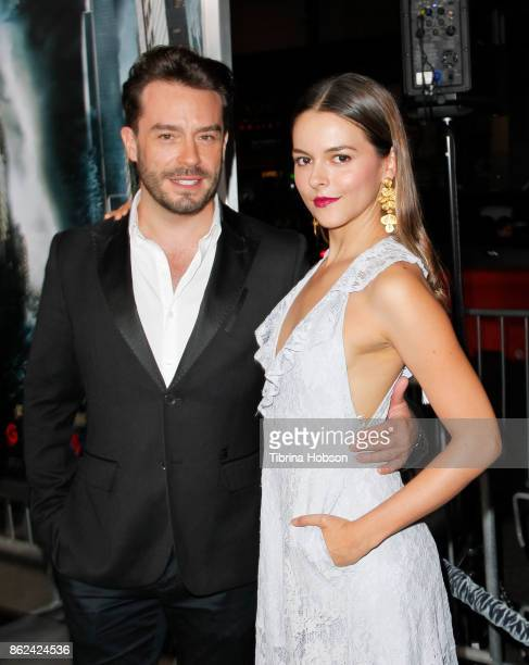 Juan Pablo Espinosa and Julieth Restrepo attend the premiere of Warner Bros Pictures 'Geostorm' at TCL Chinese Theatre on October 16 2017 in...