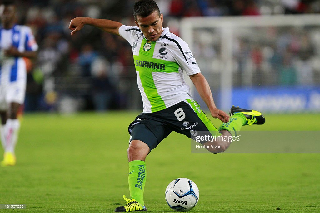 Juan Pablo Rodriuez of Santos plays the ball during a match between Pachuca and Santos as part of the Liga MX at Hidalgo stadium on September 21, 2013 in Pachuca, Mexico.