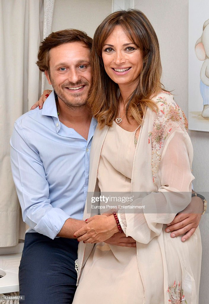 Juan Pena and Sonia Gonzalez New Image For 'Piccolo Mondo ...