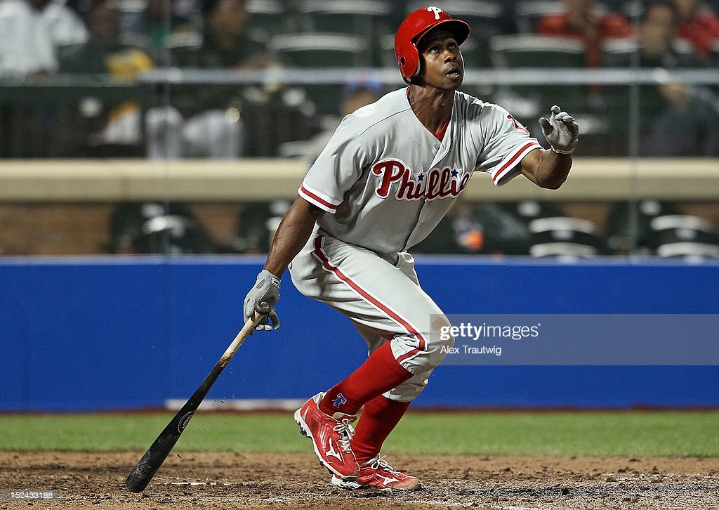 <a gi-track='captionPersonalityLinkClicked' href=/galleries/search?phrase=Juan+Pierre&family=editorial&specificpeople=202961 ng-click='$event.stopPropagation()'>Juan Pierre</a> #10 of the Philadelphia Phillies bats against the New York Mets at Citi Field on September 20, 2012 in the Flushing neighborhood of the Queens borough of New York City.