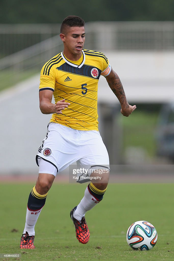 Juan Quintero of Colombia in action during the SBS Cup International Your Soccer match between South Korea U-19 and Colombia U-19 at Ashitaka Stadium on August 15, 2014 in Numazu, Shizuoka, Japan.