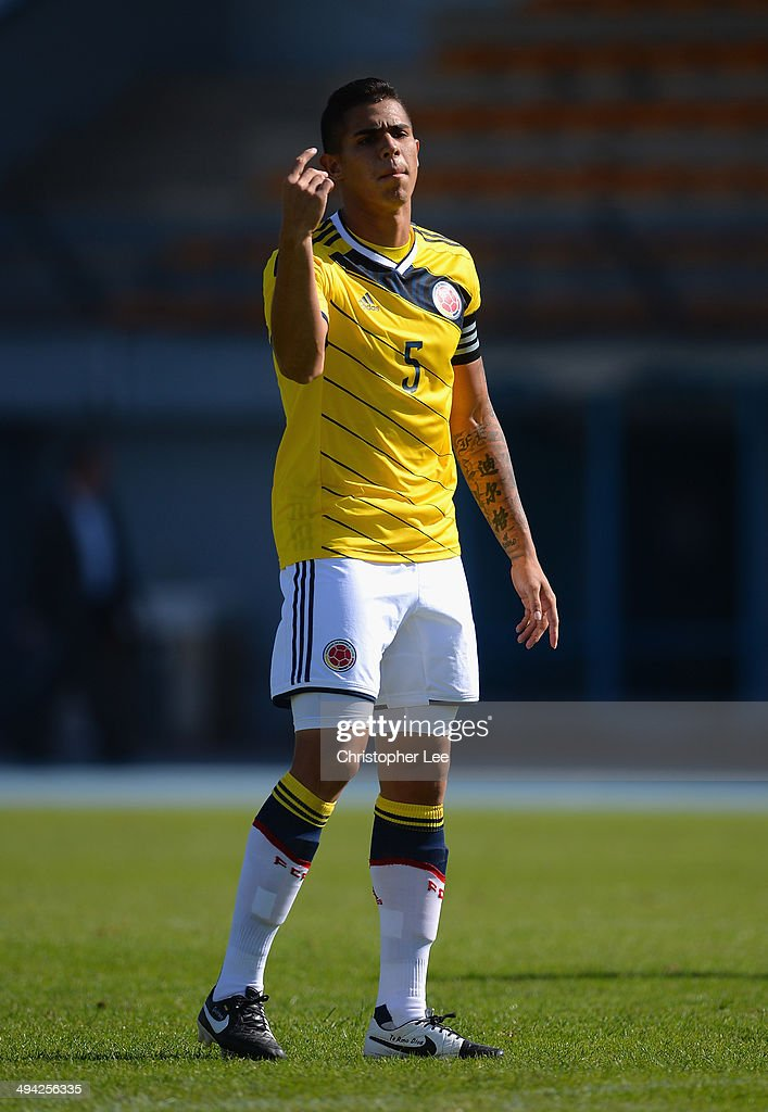 Juan Quintero of Colombia in action during the Toulon Tournament Group B match between Colombia and Qatar at the Stade De Lattre on May 28 2014 in...