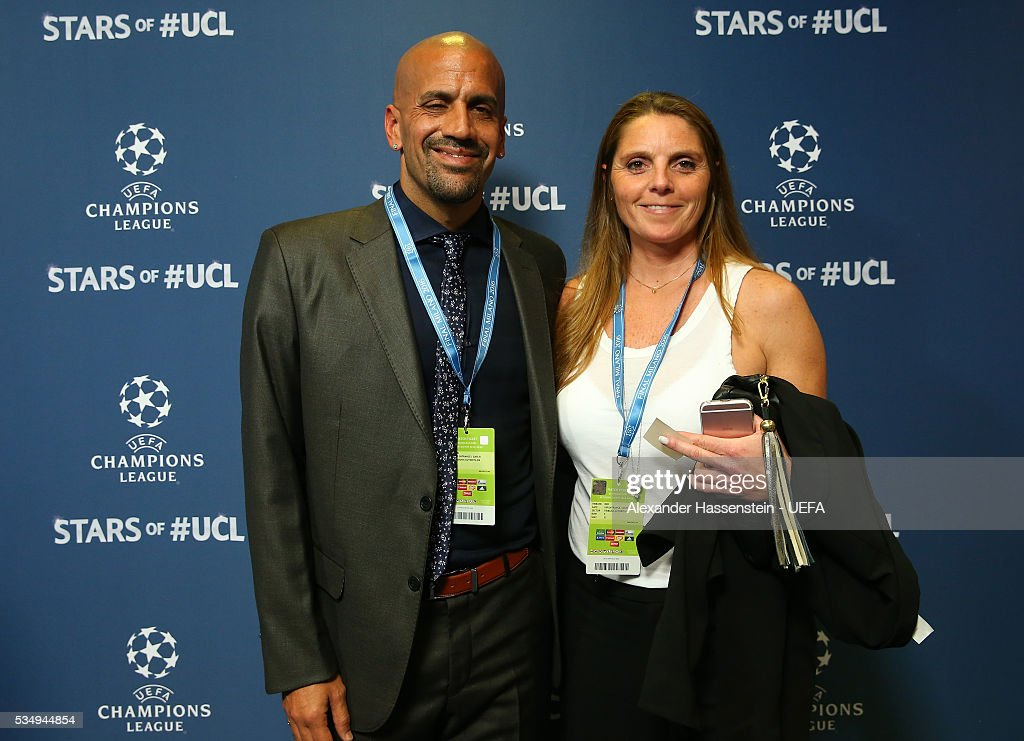 Juan Sebastian Veron (L) attends the UEFA Champions League Final between Real Madrid and Club Atletico de Madrid at Stadio Giuseppe Meazza on May 28, 2016 in Milan, Italy.