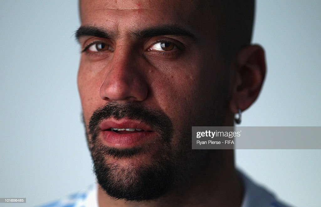 <a gi-track='captionPersonalityLinkClicked' href=/galleries/search?phrase=Juan+Sebastian+Veron&family=editorial&specificpeople=214178 ng-click='$event.stopPropagation()'>Juan Sebastian Veron</a> of Argentina poses during the official FIFA World Cup 2010 portrait session on June 5, 2010 in Pretoria, South Africa.