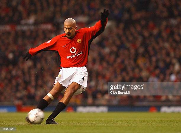 Juan Sebastian Veron of Manchester scores during the FA Barclaycard Premiership match between Manchester United v West Ham United at Old Trafford...