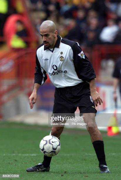Juan Sebastian Veron of Manchester United during the Barclaycard Premiership game between Charlton Athletic and Manchester United at the Valley...