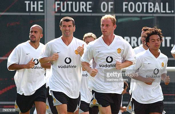 Juan Veron Roy Keane Nicky Butt and Kieran Richardson jog during Manchester United training at Nike HQ at the start of the USA Tour on July 24 2003...