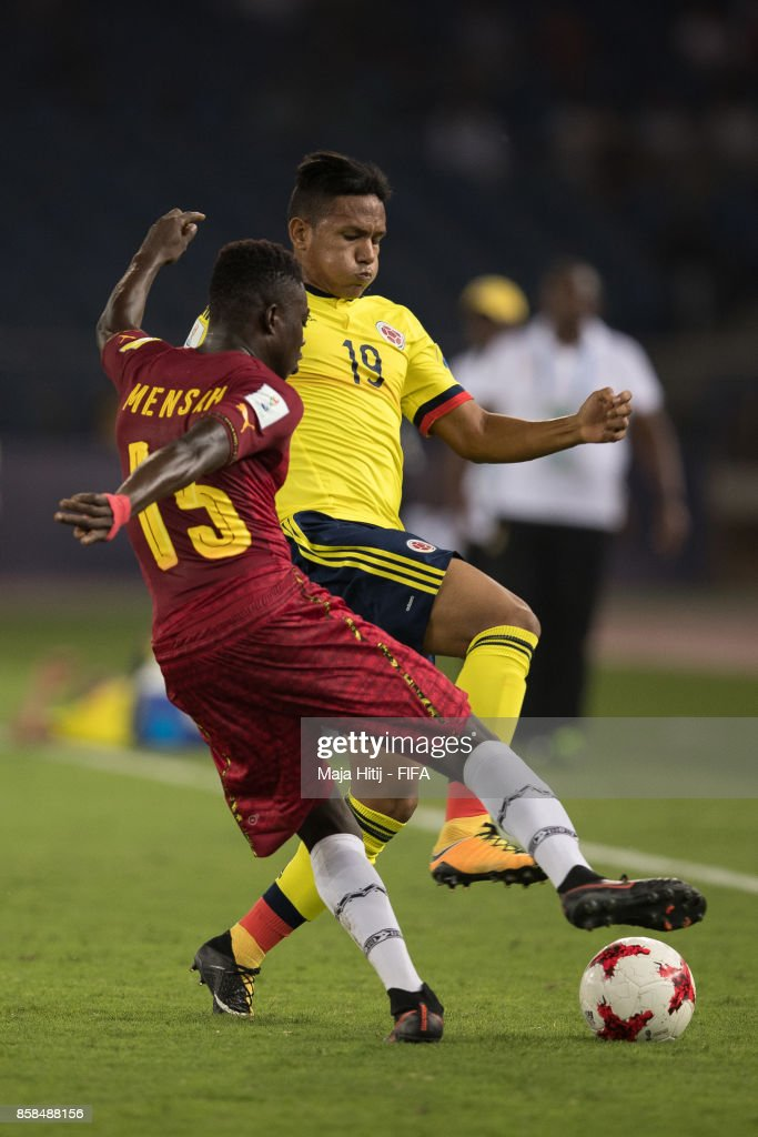 Juan Vidal of Columbia and Gideon Mensah battle for the ball during the FIFA U-17 World Cup India 2017 group A match between Colombia and Ghana at Jawaharlal Nehru Stadium on October 6, 2017 in New Delhi, India.