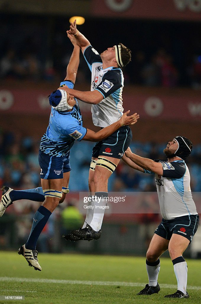 Juandre Kruger of the Bulls competes with Kane Douglas of the Waratahs during the Super Rugby match between Vodacom Bulls and Waratahs at Loftus Versveld on April 27, 2013 in Pretoria, South Africa.
